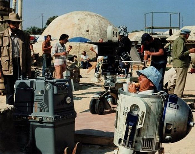 R2-D2 Star Wars actor Kenny Baker is dead at 81