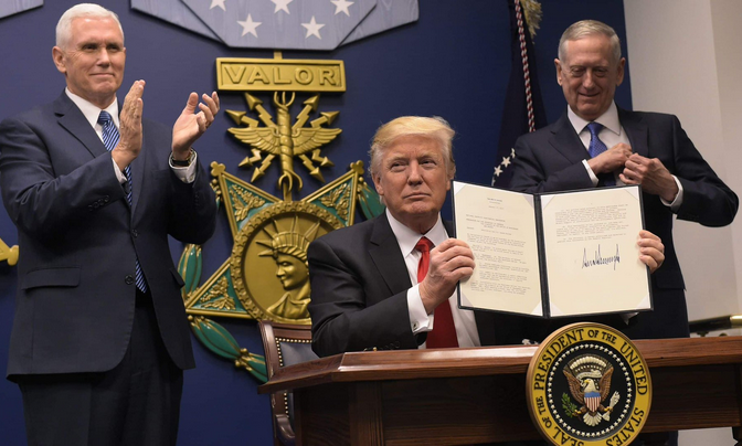 Trump Signs 'Extreme Vetting' Executive Order