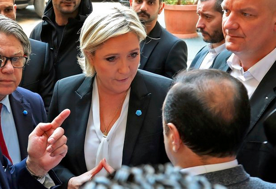 I Will Not Cover Myself Up - Marine Le Pen Told To Wear Headscarf, Leaves Meeting Instead