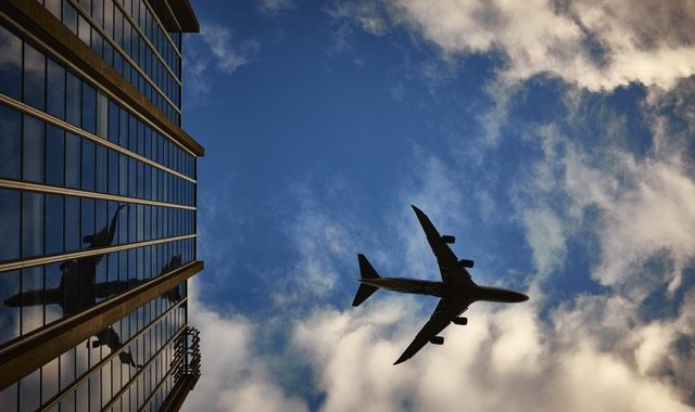 Canadians Oppose Liberal Plan To Sell Canada's Airports