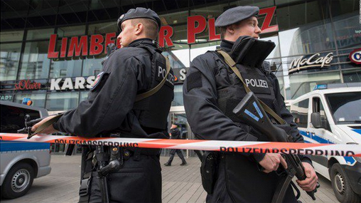 German Police Close Mall Over Terror Attack Fears