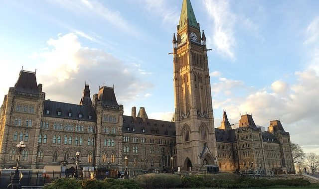 POLL - Canadians Want Voting System Kept The Same