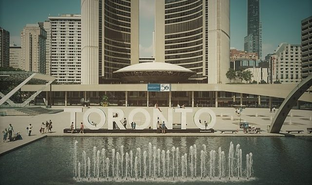 Nathan Phillips Square Toronto City Hall