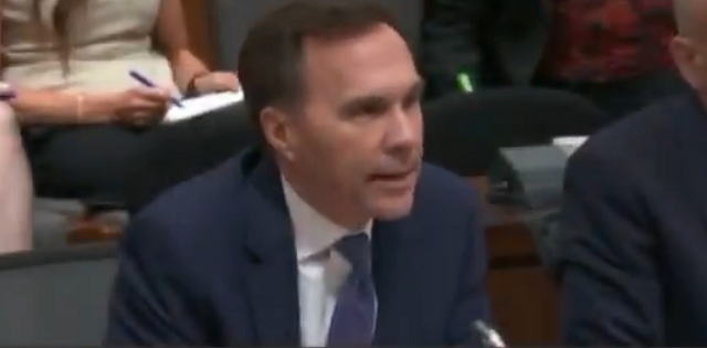 Bill Morneau China Infrastructure Bank